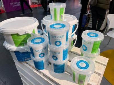 Productos de clientes del Reino Unido en contenedores de polipropileno